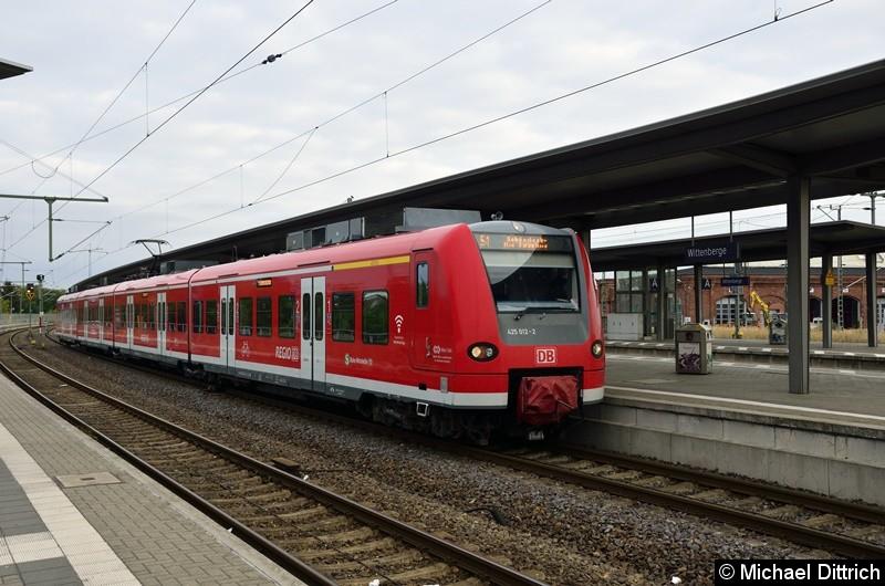 425 012 als Linie S 1 nach Schönebeck-Bad Salzelmen.