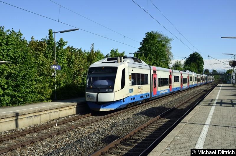 VT 107 der BOB auf dem Weg nach München Hbf. in Otterfing.